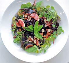 Vuoi dimagrire mangiando? Le insalate detox e gustose di David Bez (FOTO)