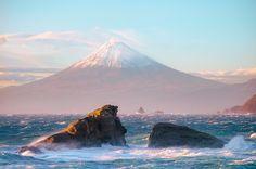 Rough Sea and Mt Fuji [Explore]
