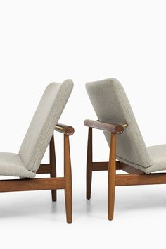 Finn Juhl easy chairs model Japan / FD-137 at Studio Schalling