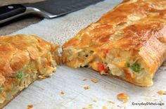 Who knew leftover turkey could be so good? This leftover turkey pot pie stromboli is comfort food at its best!