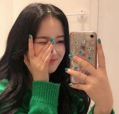 Pretty Korean Girls, Cute Korean Girl, Asian Girl, I Love Girls, Cute Girls, Cool Girl, Aesthetic People, Aesthetic Girl, Kpop Girl Groups