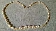 NECKLACE FAUX BAROQUE PEARLS CLASSIC DAINTY STYLE