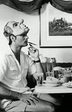 Bill Murray as Hunter S. Thompson in Where The Buffalo Roam. Way before Johnny Depp, Murray nailed it! Living Puppets, Hunter S Thompson, Photo Vintage, Portraits, Foto Art, Before Us, Look At You, Famous Faces, Funny People