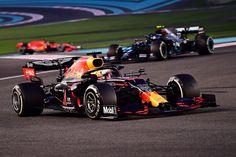 レッドブルF1、ホンダのF1エンジン継続に自信「開発凍結は承認される」 [F1 / Formula 1] Red Bull F1, Red Bull Racing, Mark Thompson, Abu Dhabi Grand Prix, Running Ahead, Valtteri Bottas, Power Cars, S Car, Formula One