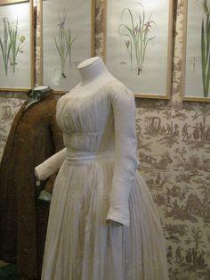 1785-1789 Chemise à la reine, Musée de la Toile de Jouy