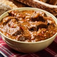 Welcome to our best ever Moroccan Beef Tajine. Enter a new way of kitchen gadget cooking with the Revol Tajine. A delicious creamy thick stew free of processed… Crock Pot Recipes, Beef Recipes, Cooking Recipes, Cooking Ideas, Recipies, Moroccan Beef, Moroccan Dishes, Moroccan Recipes, Irish Stew