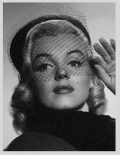 Marilyn with a netted hat
