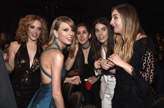 Pin for Later: These Can't-Miss Grammys Moments Weren't on TV Taylor Swift and Haim
