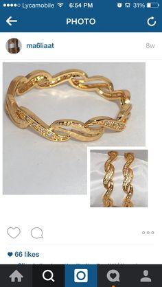 😍 Gold Bangles Design, Gold Jewellery Design, Bridal Jewellery, Wedding Jewelry, Dubai Gold Jewelry, Arabic Jewelry, Gold Jewelry Simple, Gold Designs, Designer Jewellery