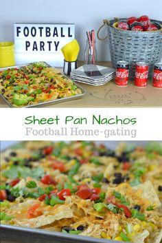 Sheet Pan Nachos - Does anyone else love home-gating during football games? I love to make Sheet Pan Nachos - so easy and delicious! Appetizer Recipes, Snack Recipes, Appetizers, Cooking Recipes, Drink Recipes, Football Food, Game Day Food, Clean Eating Snacks, Sheet Pan