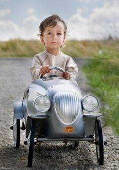 Coche a pedales Le Mans Gris de Baghera.