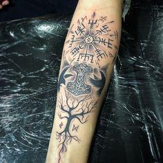 Credit Tattoo Vikings viking tattoo Discover the significance . - Credit Vikings tattoo Viking tattoo Discover the meaning of the Viking symbols before - Viking Tattoo Sleeve, Viking Tattoo Symbol, Rune Tattoo, Norse Tattoo, Celtic Tattoos, Viking Tattoos, Sleeve Tattoos, Sick Tattoo, Tattoo On