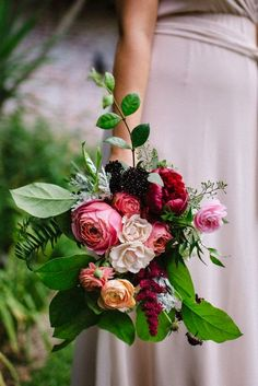 Loosely Tied Organic Flowers and Bouquets - 2015 Wedding Trends and Ideas