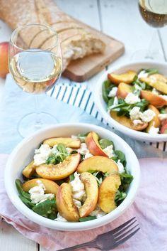 Feldsalat mit gebratenem Pfirsich und Mozzarella   Pinkepank