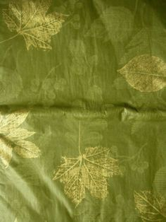 52x70 FALL LEAVES Oblong TABLECLOTH Vinyl / Flannel Backed Green Color By  Elrene