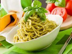 Low Carb Pasta mit Basilikum