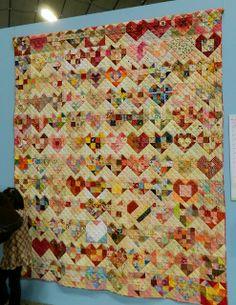 Heart quilt | CraftIdeaPin.com