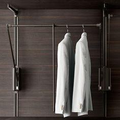 Cabina armadio Dress Bold Rimadesio da www.spaziomateriae.com Napoli  Rimadesio Dress Bold walk in closet _ tilting clothes rack