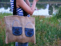 http://poarta-handmade.blogspot.ro/2015/09/geanta-din-panza-de-sac-cu-buzunare-din.html