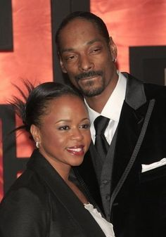 Calvin & Shante Broadus Calvin Broadus better known as Snoop Dogg met his wife Shante in high school. Their love got an early start. I respet her, she runs the show!