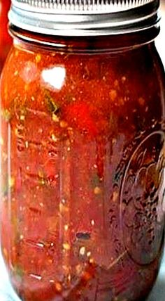 Canning Granny: Tomato Tomahto. Roasted Garlic and Pepper Tomato Sauce Healthy Smoothies For Kids, Canning Granny, Canning Tomatoes, Home Canning, Roasted Peppers, Preserving Food, Roasted Garlic, Canning Recipes, Tomato Sauce