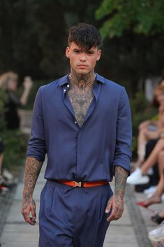 Male Fashion Trends: Marcel Ostertag Spring-Summer 2019 - Berlin Fashion Week Marcel, Male Fashion, Fashion Trends, Berlin Fashion, Suit Jacket, Spring Summer, Suits, Jackets, Moda Masculina