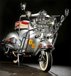 Piaggio Vespa, Lambretta Scooter, Vespa Scooters, Scooter Custom, Mod Scooter, Vespa 150, Mod Mod, Rude Boy, Motor Scooters