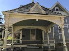 1885 Queen Anne - Wells, MN - $81,600 - Old House Dreams