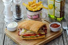 Bacon sandwich Bacon Sandwich, Burgers, Sandwiches, Food, Hamburgers, Meal, Eten, Hamburger, Meals