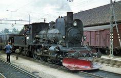Steam Locomotive Information Kristiansand, Stavanger, Steam Locomotive, Train, Display Stands, Trains, Locomotive, Tractor, Model Train