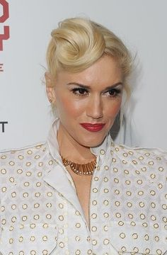 Gwen Stefani was one of the first to modernize the hair roll.