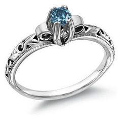 Idée et inspiration Bijoux :   Image   Description   Blue Diamond 1/2 Carat Art Deco Ring