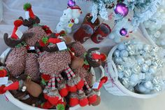 Chrismoose! Great Christmas Gifts, Great Gifts, Deck, Gift Ideas, Make It Yourself, Front Porches, Decks, Decoration