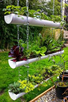 Designing and growing your herb garden in a gutter garden is fun and exciting no. Designing and growing your herb garden in a gutter garden is fun and exciting no matter how basic your DIY ability. A great vegetal wall is easy to create Diy Gutters, Gutter Garden, Small Garden Design, Vertical Gardens, Vertical Planter, Vertical Garden Diy, Bamboo Planter, Vertical Farming, Backyard Landscaping
