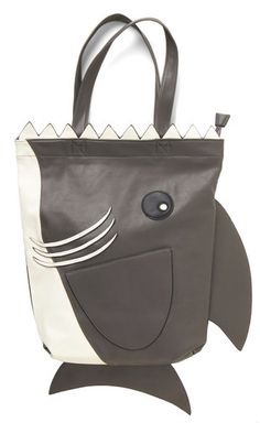 fun jaws tote http://rstyle.me/n/qzuser9te
