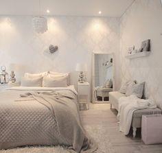 Makuuhuoneen kaunis tyyli ja vaalea sisustus #makuuhuone #sisustus #koti