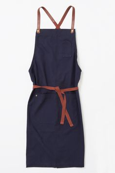 A fresh take on our range of Henry cross back aprons, our Henry Bib Apron in Marine is crafted from durable 100% cotton canvas. Create a…