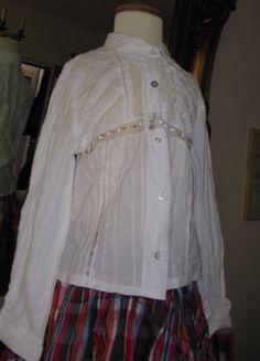 Kaufe meinen Artikel bei #Mamikreisel http://www.mamikreisel.de/kleidung-fur-madchen/langarmshirts-slash-longsleeves/15685347-elsy-bluse-gr-122-aus-italien-wunderschon-hemd