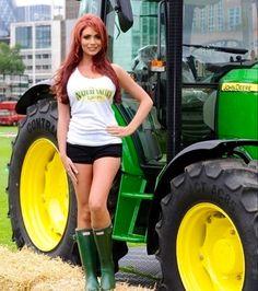 ..... Trucks And Girls, Car Girls, Pin Up Girls, Old Tractors, John Deere Tractors, Farmall Tractors, Antique Tractors, Vintage Tractors, Hot Country Girls