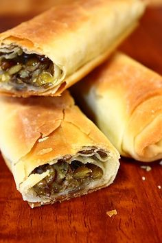 Spanakopita, Hot Dog Buns, Food And Drink, Bread, Cookies, Ethnic Recipes, Recipe, Losing Weight, Crack Crackers