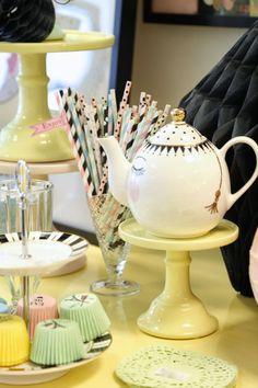 Tea Time mit Miss Étoile
