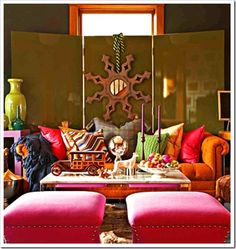 Love these colors! Great pillows and couch    [gorgeous+color+-+living+room+focal+point+via+Colour+Me+Happy.png]