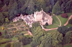 Cawdor castle...one of my favorite castles and supposedly the most romantic castle in the country.