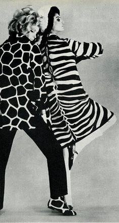 Guy Laroche, Vogue UK 1965 animal prints, zebra print  (please follow minkshmink on pinterest) #zebraprint #animalprint #fashion 60s Fashion Trends, 1960s Fashion, Editorial Fashion, Uk Fashion, Gothic Fashion, High Fashion, Animal Print Fashion, Fashion Prints, Animal Prints