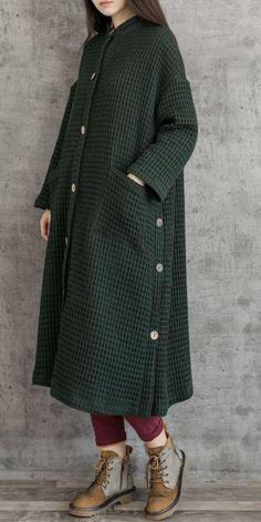 Women Vintage Loose Button Down Long Coat , … Frauen-Weinlese-loser Knopf-unten langer Mantel # Abaya Fashion, Muslim Fashion, Modest Fashion, Fashion Outfits, Outfits Plus Size, Plus Size Casual, Vintage Outfits, Vintage Fashion, Overalls Plus Size