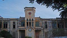 Hospital Cruz Roja Melilla (Actualmente restaurado). Ahí nací yo.
