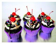 """Hot fudge Sundae"" cupcakes!"
