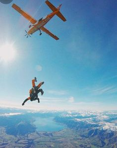 Jump over the Wanaka lake in NZ - Jump over the Wanaka lake in NZ photo - Rock Climbing Gear, Ice Climbing, Base Jumping, Bungee Jumping, Foto Fails, Love Handle Workout, Jump Over, Hang Gliding, Just Dream