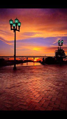 """coiour-my-world: """"Sunset at Cleveland Main Avenue Bridge, Cleveland, Ohio, USA ~ Walter Tatulinski """" Cleveland Rocks, Cleveland Ohio, Cleveland Skyline, Bar Lounge, Beautiful World, Beautiful Places, Beautiful Sunset, Chandeliers, Skier"""
