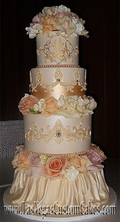 Stunning romantic Victorian wedding cake by Las Vegas Custom Cakes - lovely blush palette Elegant Wedding Cakes, Elegant Cakes, Beautiful Wedding Cakes, Gorgeous Cakes, Wedding Cake Designs, Pretty Cakes, Amazing Cakes, Cake Wedding, Wedding Themes